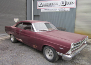 1967 FORD FAIRLANE  289 / 4 SPEED MANUAL BUCKET SEAT LHD