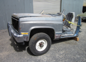 1982 CHEVROLET SUBURBAN C10 FRONT  CUT FOR DISMANTLING
