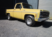 1979 CHEVROLET C10 FLEETSIDE 350 / 4 SPEED MANUAL LHD