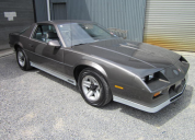 1983 CHEVROLET CAMARO Z28 / 5 SPEED MANUAL RHD